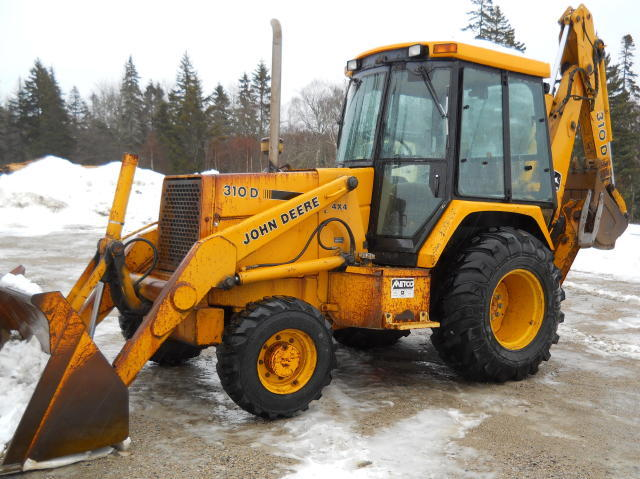 TIMED ONLINE AUCTION EXCAVATOR- DOZERS- BACKHOE- DUMPS- PAVING EQUIPMENT Auction